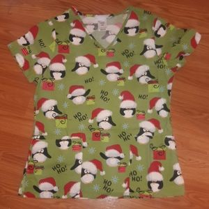 Christmas holiday scrub top penquins 🐧
